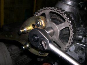 Wskazówki dotyczące montażu: Wymiana paska zębatego w VW Golf IV 1,9 TDI Bj. 2001
