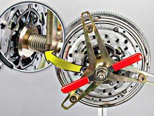 Instrukcja montażu zestawu sprzęgła dla pojazdów z silnikiem G9T, G9U