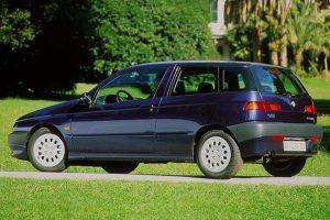 Nietypowe awarie: gazująca Alfa Romeo 145