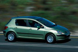 Nietypowe awarie: Kolejny zagadkowy Peugeot