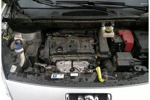 Nietypowe awarie: Mrugająca kontrolka Peugeot Partnera – rozwiązanie