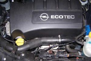 Nietypowe awarie: Opel Corsa i siwy dym – rozwiązanie