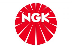 Dwa nowe katalogi świec NGK