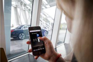Pilotażowy projekt automatyzacji parkowania Bosch i Daimler
