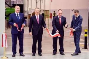 Otwarcie zakładu Pilkington Automotive Poland wChmielowie