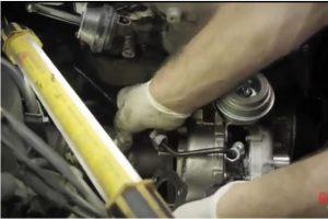 Instrukcja montażu turbosprężarki – zobacz film
