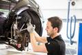 Amortyzatory do pojazdów osobowych jakości OE