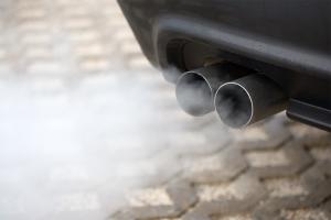 Zmierzono rzeczywiste spalanie samochodów – większe od deklaracji o nawet o 50%