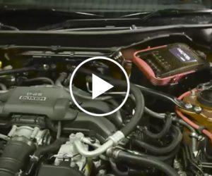 Wymiana oleju silnikowego i filtra w90sekund [FILM]