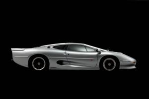 Ten producent zaprojektuje nowe opony dla legendarnego Jaguara XJ220