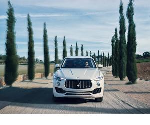 Opony Bridgestone na wyposażeniu pierwszego SUV-a Maserati