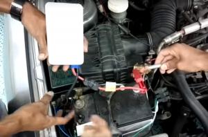 Powerbank od smartfona zamiast zestawu rozruchowego akumulatora [wideo]