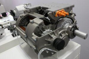 Elektryczny układ przeniesienia napędu na osie Boscha