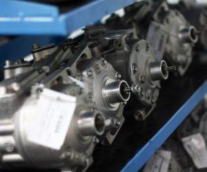 Kompresor klimatyzacji – naprawiać czy wymieniać?
