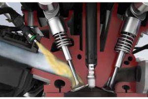 Nowoczesne silniki wymagają specjalnych świec zapłonowych