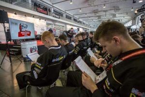 Mistrzostwa mechaników na Motor Show