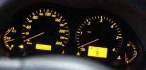 Tempomat ograniczający prędkość od 2020 roku? Nowy pomysł Brukseli