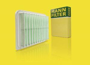 MANN-FILTER przedstawia materiał filtracyjny z włókien z recyklingu