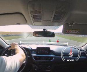 KYB pomoże mechanikom uświadomić kierowców
