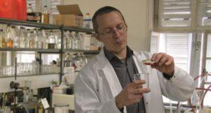 Nie wszystkie oleje są takie same - wywiad z szefem działu technicznego BIZOL dr Borisem Zhmud`em
