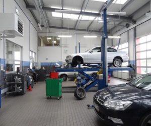Warsztaty samochodowe profesjonalizują się - wyniki badania