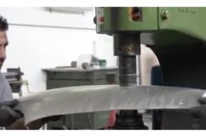 Jak robić części blacharskie przy użyciu własnych rąk? [Film]
