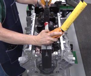 Tak powstaje silnik Corvette