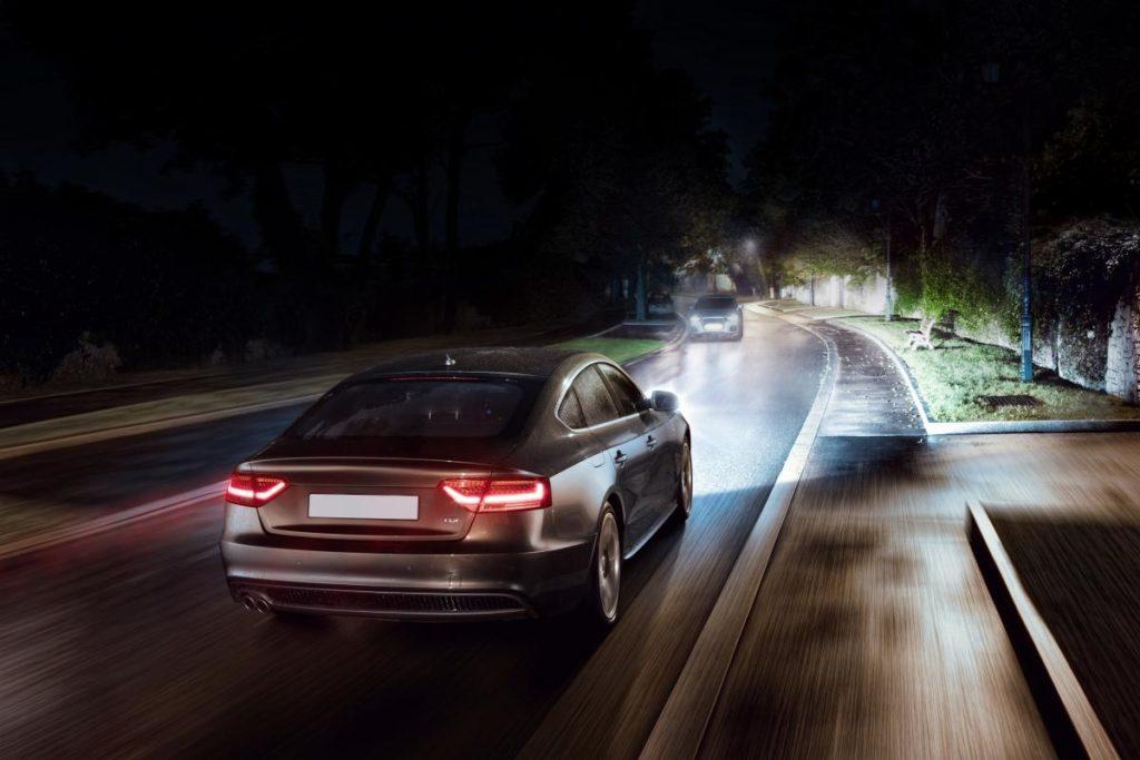 Nowoczesna Technika Oświetlenia Samochodowego Motofocuspl