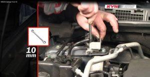 Nissan Qashqai – instrukcja wymiany amortyzatorów KYB