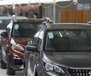 Renault i PSA zawyżały ceny części