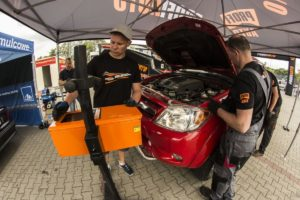 Mechanicy sprawdzili stan techniczny aut w Polsce