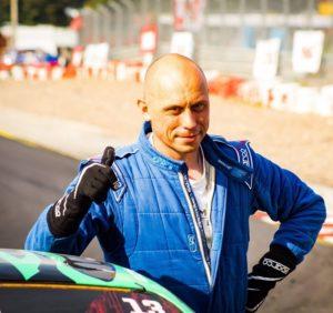 Techniczna strona driftingu – wywiad z Rafałem Podbielskim