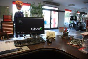 Moduł do integracji systemów Baselinker z FALCON5