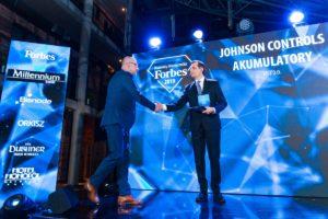 Johnson Controls Akumulatory z Diamentem Forbesa