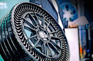 "Prototypowa ""opona"" Michelin Uptis"