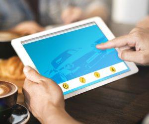 Unikaj oszustów i niepewności: jak technologie online pomagają w zakupie używanych samochodów