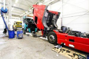 ELIT Polska wprowadza części do motocykli i ciężarówek
