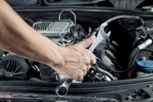 Najbardziej absurdalne samodzielne naprawy samochodów