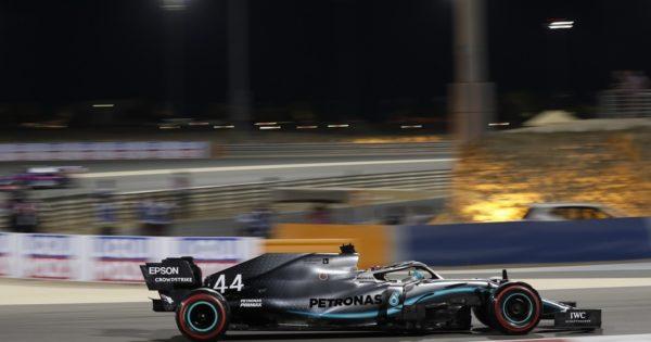 Jedź na Grand Prix Bahrajnu Formuły 1 z Petronas