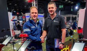 Partnerstwo techniczne Samsonas Motorsport i Ravenol