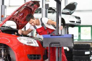 Mechanik może pomóc kierowcy w doborze źródła światła