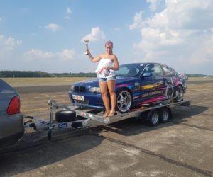 Kobieta za kierownicą 900-konnego BMW – wywiad