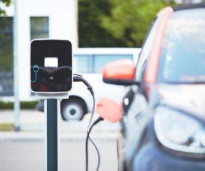Kto w branży automotive musi bać się elektromobilności?
