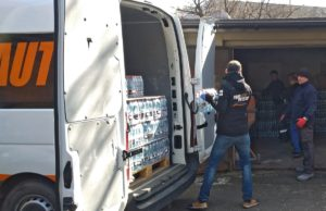 Moto-Profil przekazał 10 000 butelek wody dla szpitala