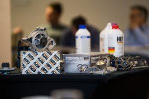 Przykłady i przyczyny awarii w układach chłodzenia i układach rozrządu – studium przypadków zebranych podczas szkoleń HEPU w 2019 roku.