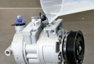 Prawidłowe napełnianie kompresora klimatyzacji olejem