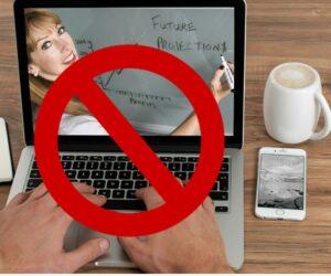 Konferencje, kongresy i spotkania online nielegalne? Mamy odpowiedź ministerstwa.