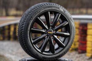 Premiera nowej opony całorocznej Pirelli Cinturato All Season SF2