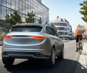 Czy wiesz jak korzystać z systemów bezpieczeństwa w Twoim samochodzie?
