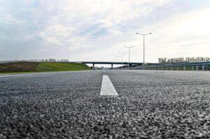 Gumowy asfalt – pomysł na wykorzystanie zużytych opon